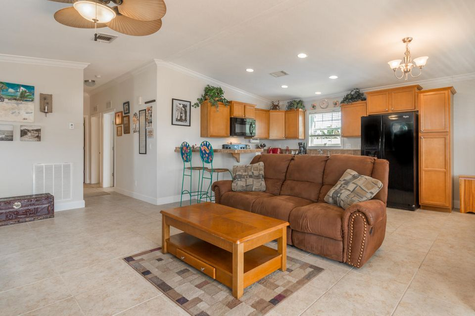 Additional photo for property listing at 10 El Monte Lane  Big Coppitt, Florida 33040 États-Unis