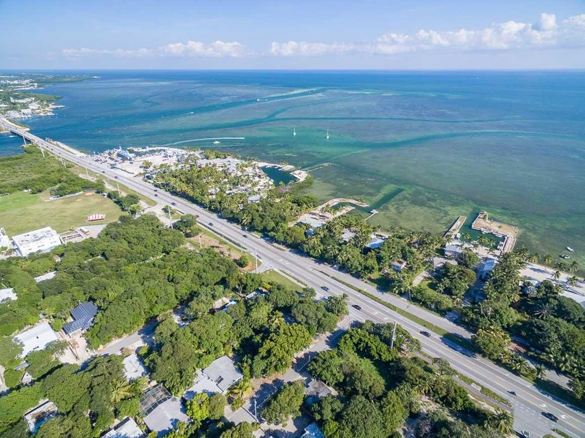 Additional photo for property listing at 112 S Hammock Road  Islamorada, 플로리다 33036 미국