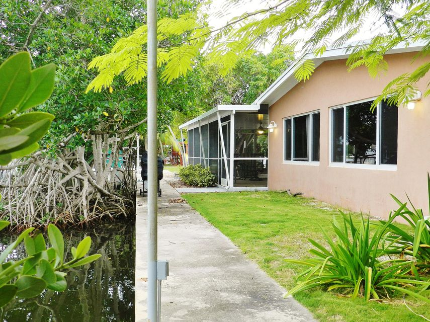 Additional photo for property listing at 104 Ann Bonny Drive  Key Largo, Florida 33037 Vereinigte Staaten