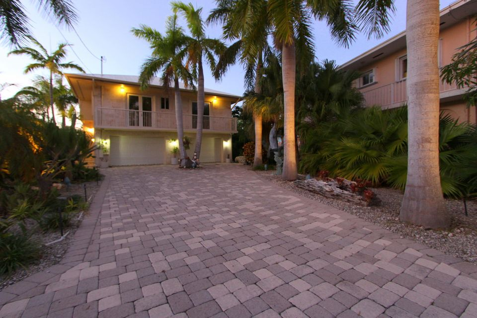 Casa Unifamiliar por un Venta en 4 Corrine Place Key Largo, Florida 33037 Estados Unidos