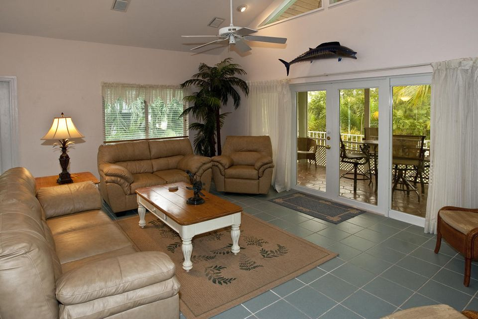 Additional photo for property listing at 530 Sawyer Drive  Summerland Key, Florida 33042 Hoa Kỳ