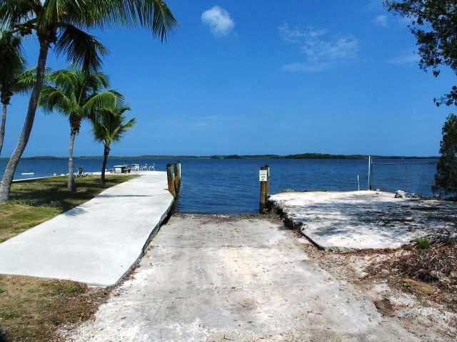 Additional photo for property listing at 58 SE Marlin Avenue  Key Largo, Florida 33037 Hoa Kỳ