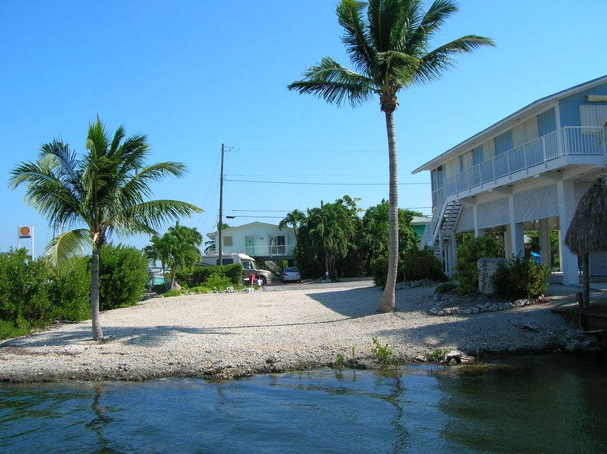 Additional photo for property listing at Lot 30 Blackbeard Road  Little Torch Key, フロリダ 33042 アメリカ合衆国