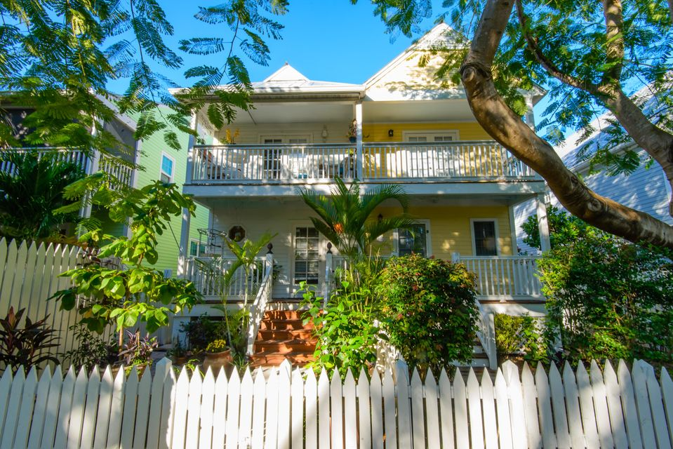Casa unifamiliar adosada (Townhouse) por un Venta en 159 Golf Club Drive Key West, Florida 33040 Estados Unidos