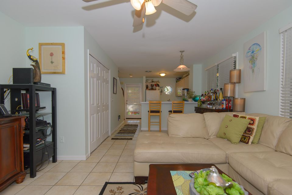 Additional photo for property listing at 159 Golf Club Drive  Key West, Florida 33040 États-Unis