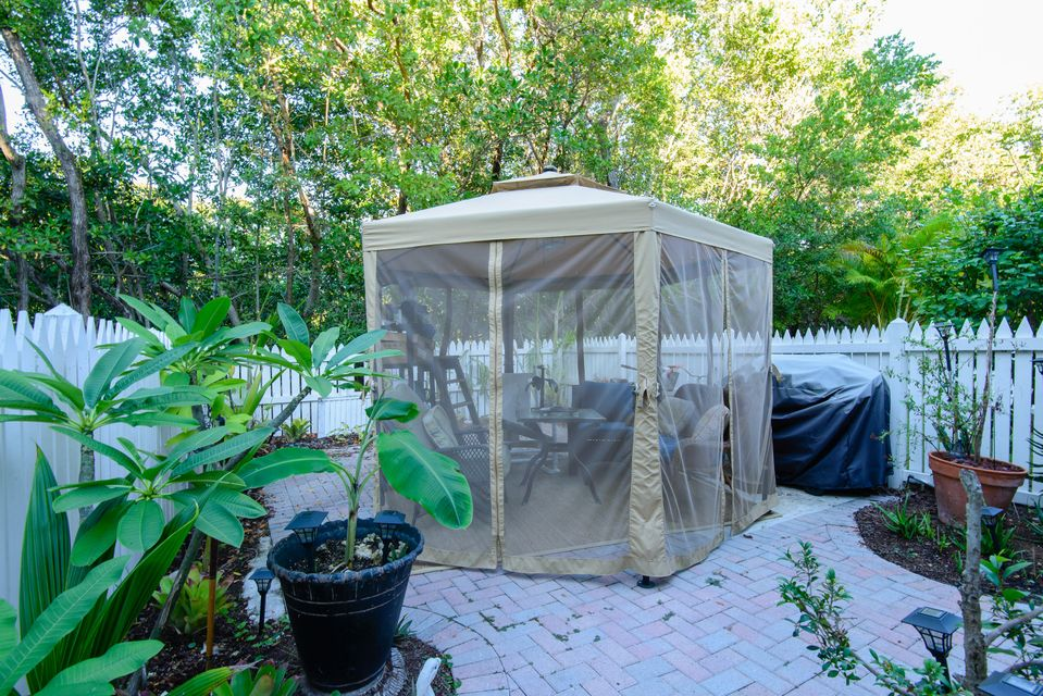 Additional photo for property listing at 159 Golf Club Drive  Key West, Florida 33040 Estados Unidos