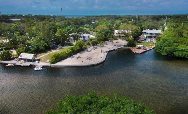Additional photo for property listing at 98751 Overseas Highway  Key Largo, Florida 33037 Estados Unidos