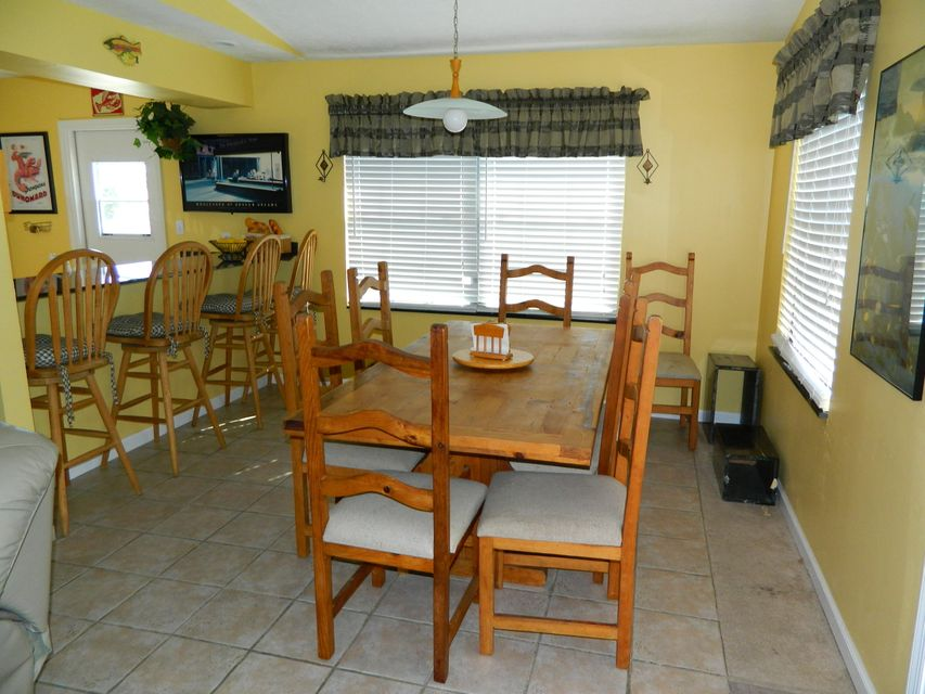 Additional photo for property listing at 177 Caribbean Drive  Summerland Key, Florida 33042 United States