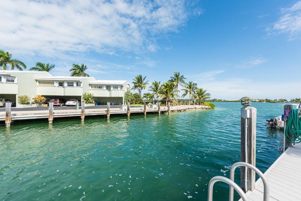 Stadthaus für Verkauf beim 24 Jade Drive Big Coppitt, Florida 33040 Vereinigte Staaten