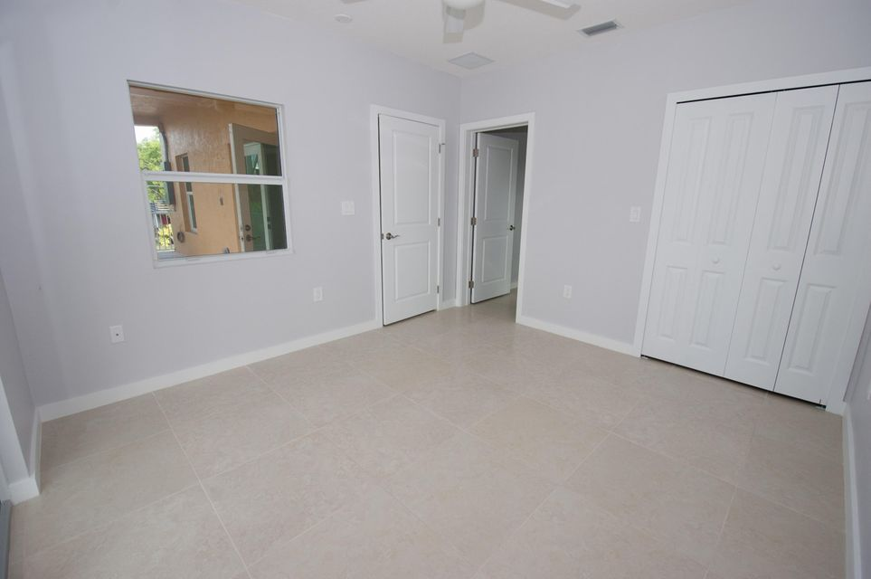 Additional photo for property listing at 1106 Thatch Lane  Summerland Key, Florida 33042 États-Unis