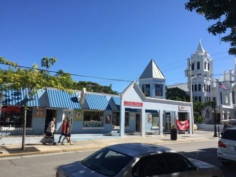 Additional photo for property listing at 330 DUVAL Street 330 DUVAL Street Key West, Florida 33040 Estados Unidos