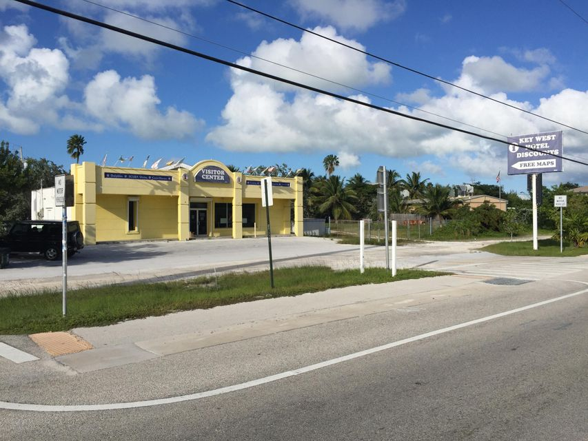 Commercial pour l Vente à 501 Overseas Highway Big Coppitt, Florida 33040 États-Unis
