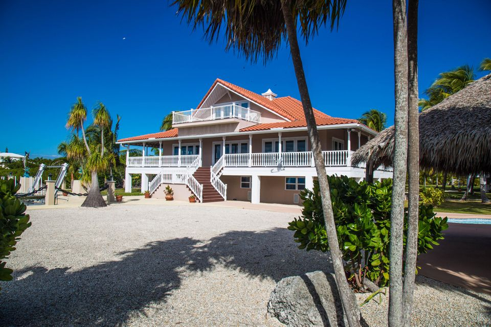 Villa per Vendita alle ore 24200 Overseas Highway 24200 Overseas Highway Summerland Key, Florida 33042 Stati Uniti
