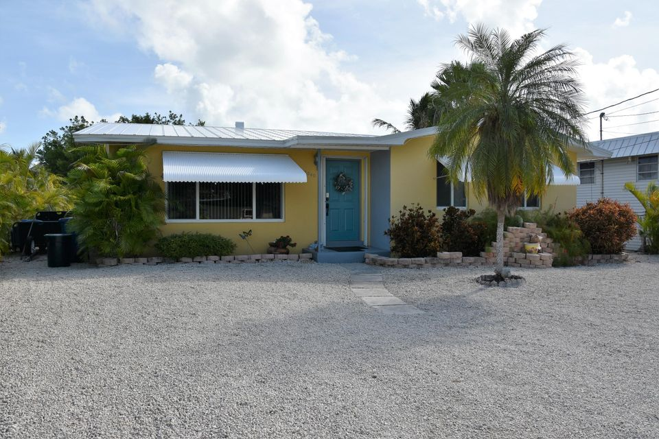 Additional photo for property listing at 2040 Dolphin Drive  Marathon, Florida 33050 Stati Uniti