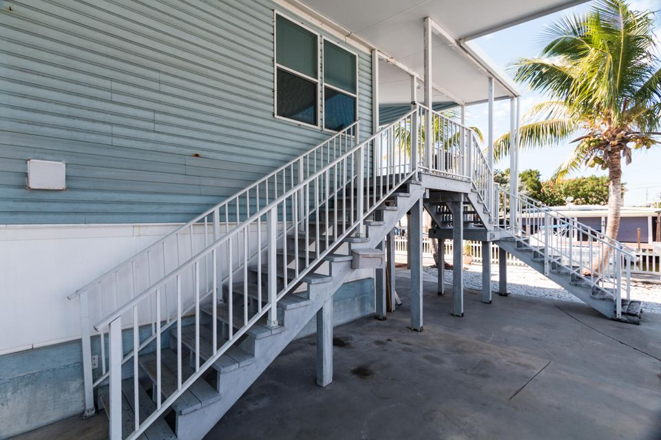 Additional photo for property listing at 837 91St Court Ocean  Marathon, Florida 33050 Stati Uniti
