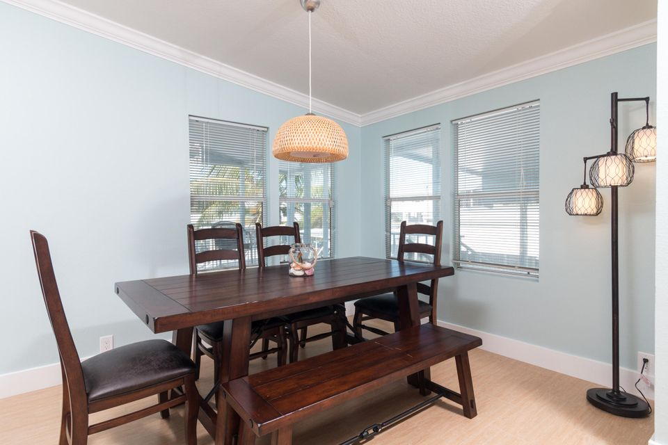 Additional photo for property listing at 837 91St Court Ocean  Marathon, Florida 33050 Usa