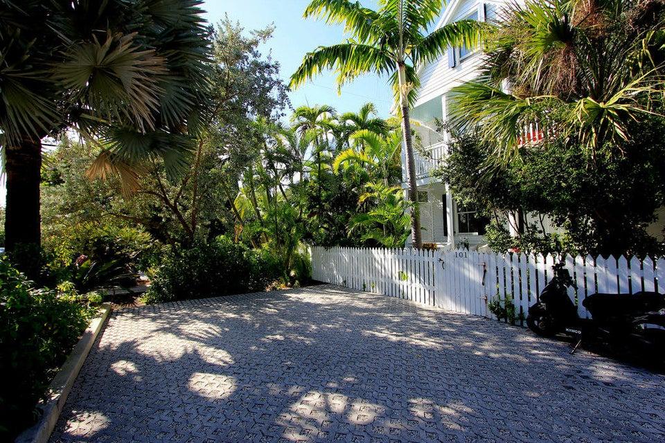 807 Washington Street 101, Key West, FL 33040