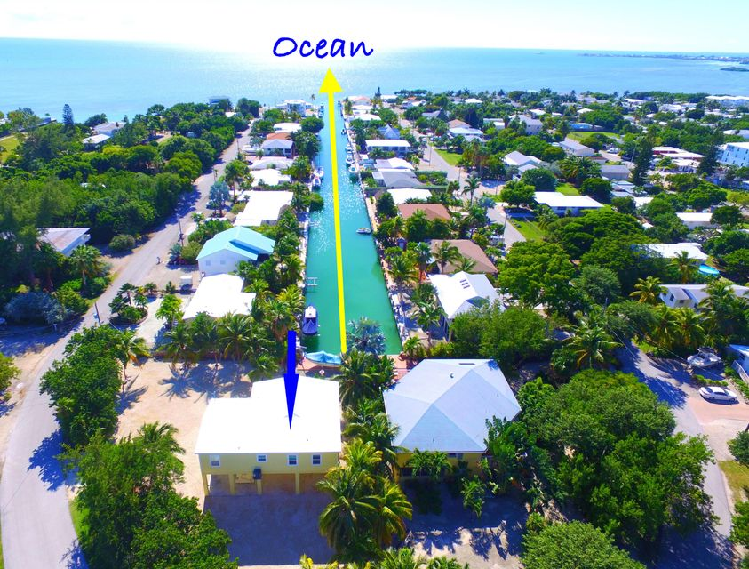 Additional photo for property listing at 942 E 75TH STREET OCEAN  Marathon, Florida 33050 Estados Unidos