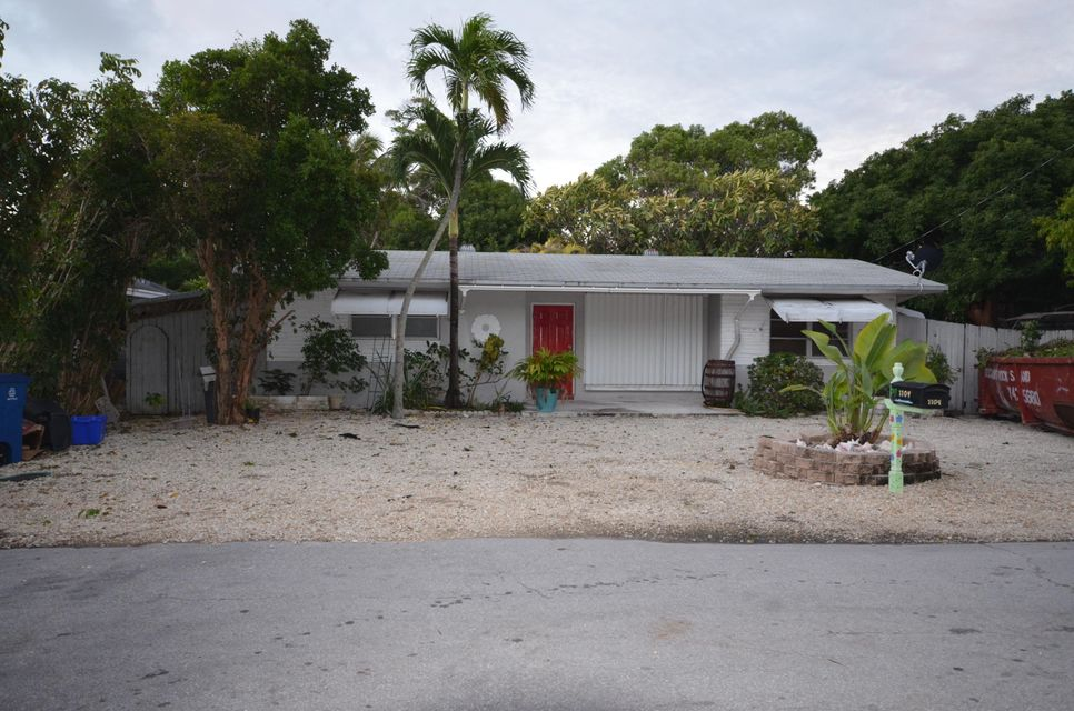 Single Family Home for Sale at 1104 Grand Street Key Largo, Florida 33037 United States