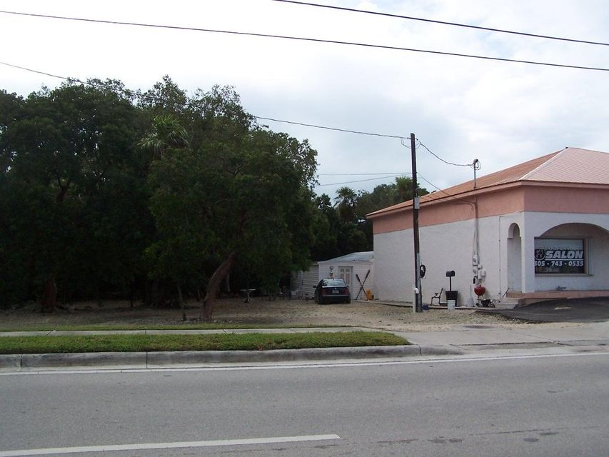 Additional photo for property listing at 12235 Overseas Highway  Marathon, Florida 33050 Stati Uniti