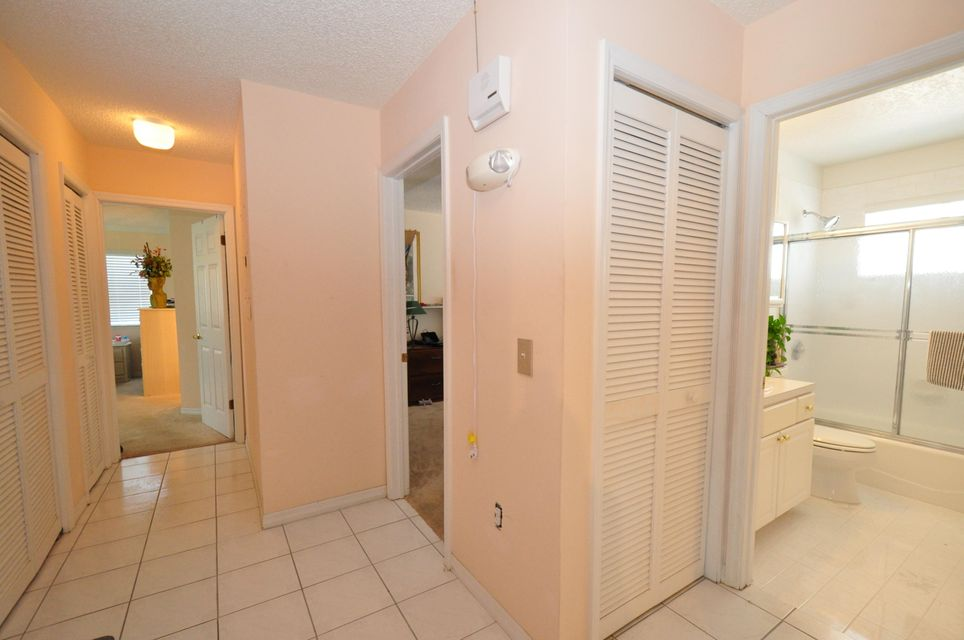 Additional photo for property listing at 202 S ANGLERS Drive  Marathon, Florida 33050 Verenigde Staten