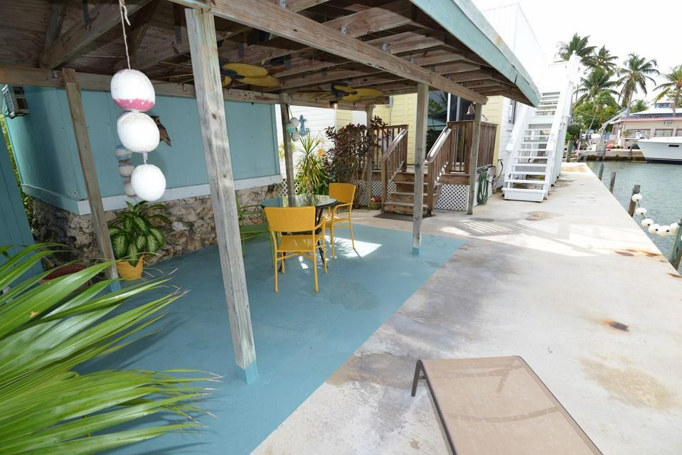 Additional photo for property listing at 84 Sea View Avenue  Marathon, Florida 33050 Estados Unidos