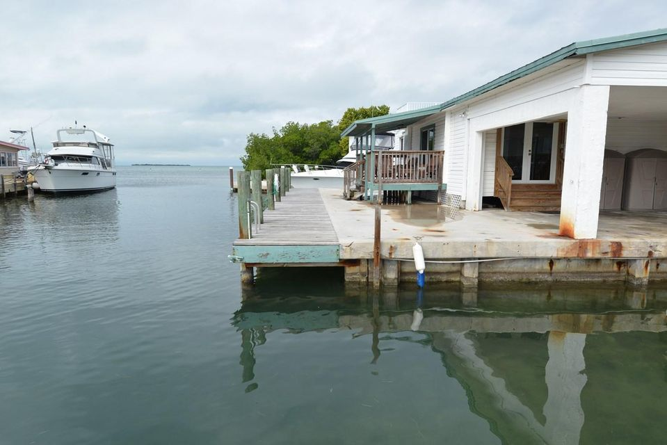 Additional photo for property listing at 84 Sea View Avenue  Marathon, Florida 33050 United States