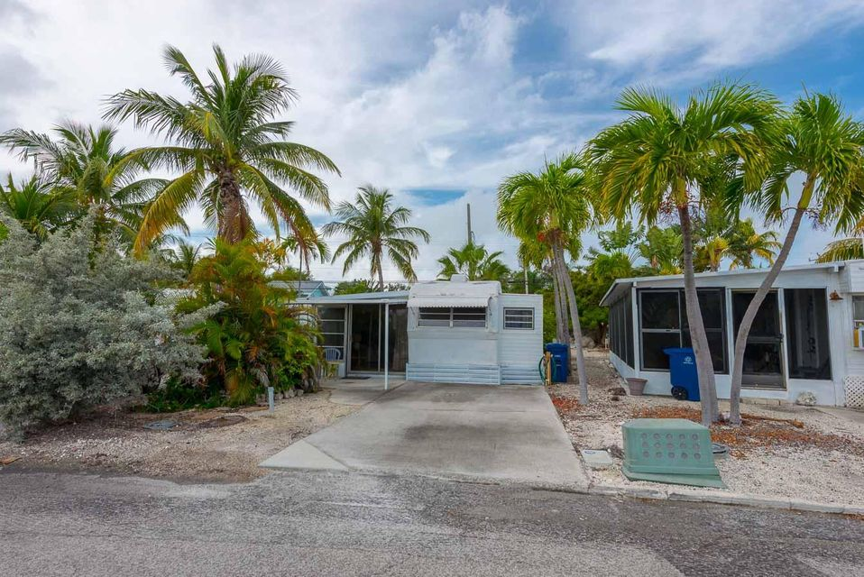 Additional photo for property listing at 701 Spanish Main Drive  Summerland Key, Florida 33042 Hoa Kỳ