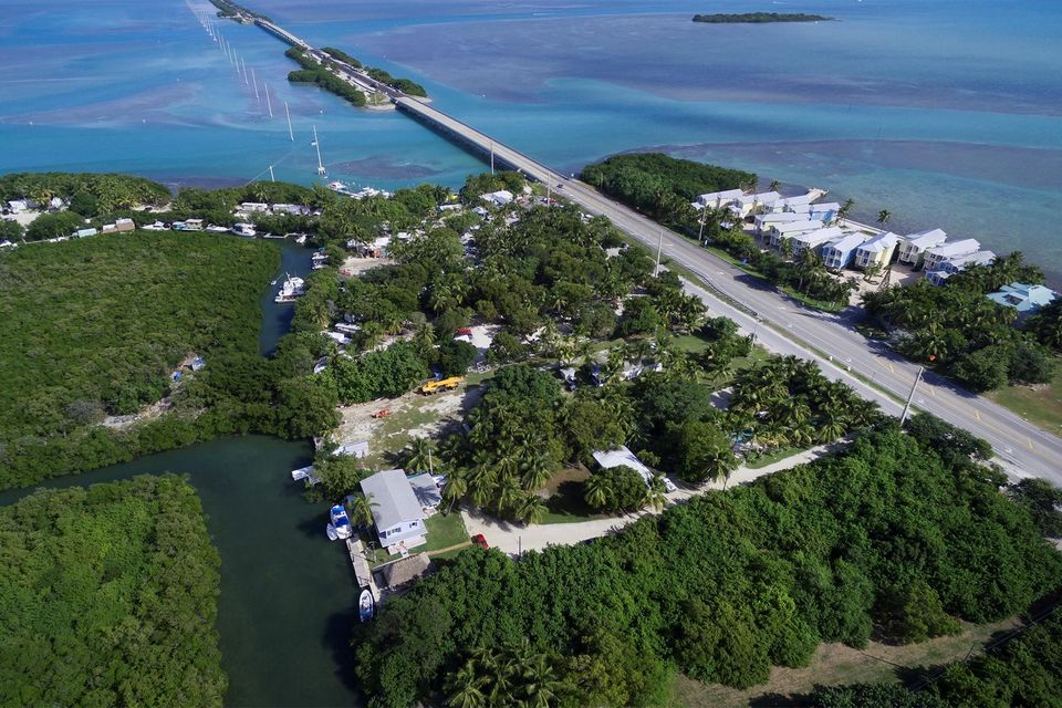 Additional photo for property listing at 77360 Overseas Highway 77360 Overseas Highway Islamorada, Florida 33036 Hoa Kỳ