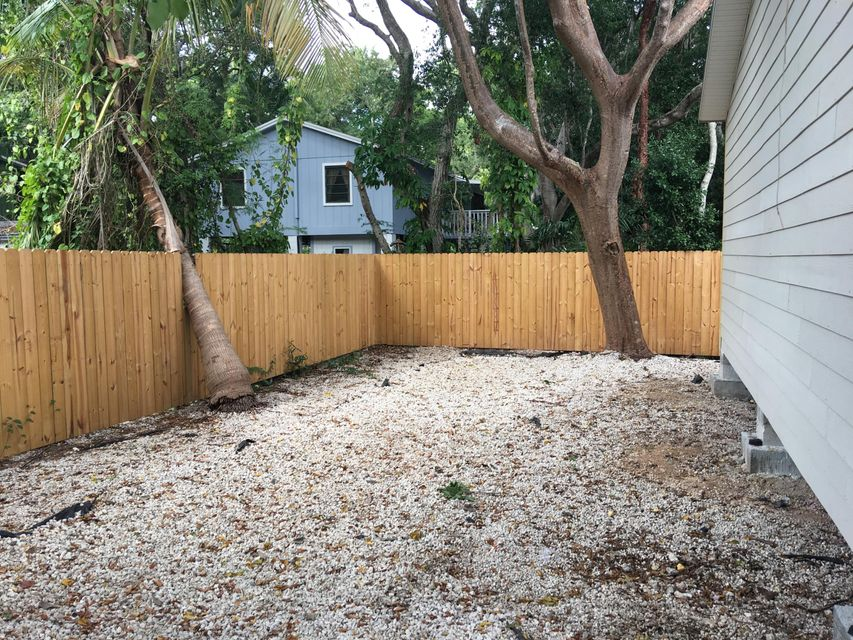 Additional photo for property listing at 35 Rose Place  Key Largo, 佛羅里達州 33037 美國