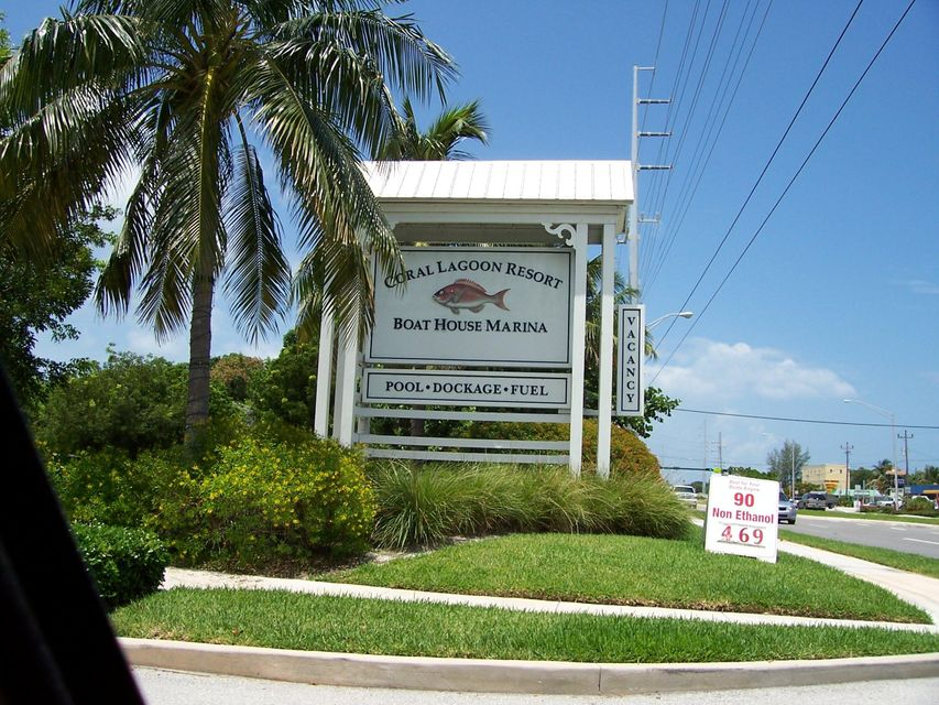 Additional photo for property listing at 12411 Overseas Highway  Marathon, Florida 33050 Vereinigte Staaten