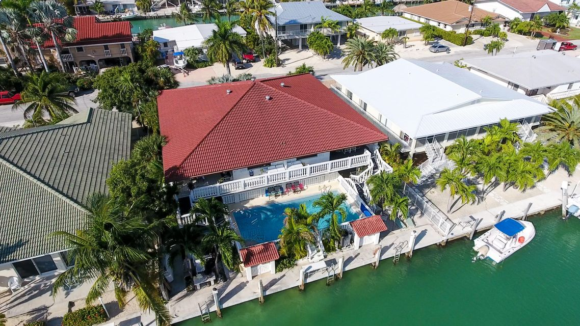 Maison multifamiliale pour l Vente à 640-650 10Th Street Key Colony, Florida 33051 États-Unis