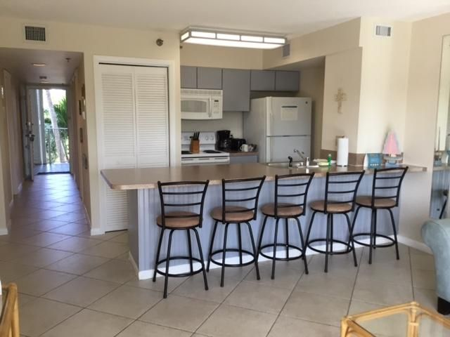 Additional photo for property listing at 500 Burton Drive 500 Burton Drive Key Largo, Florida 33070 United States