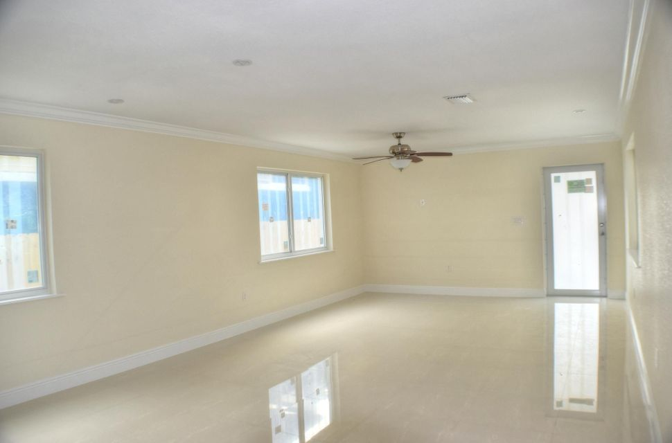Additional photo for property listing at 58 SE Marlin Avenue  Key Largo, 플로리다 33037 미국