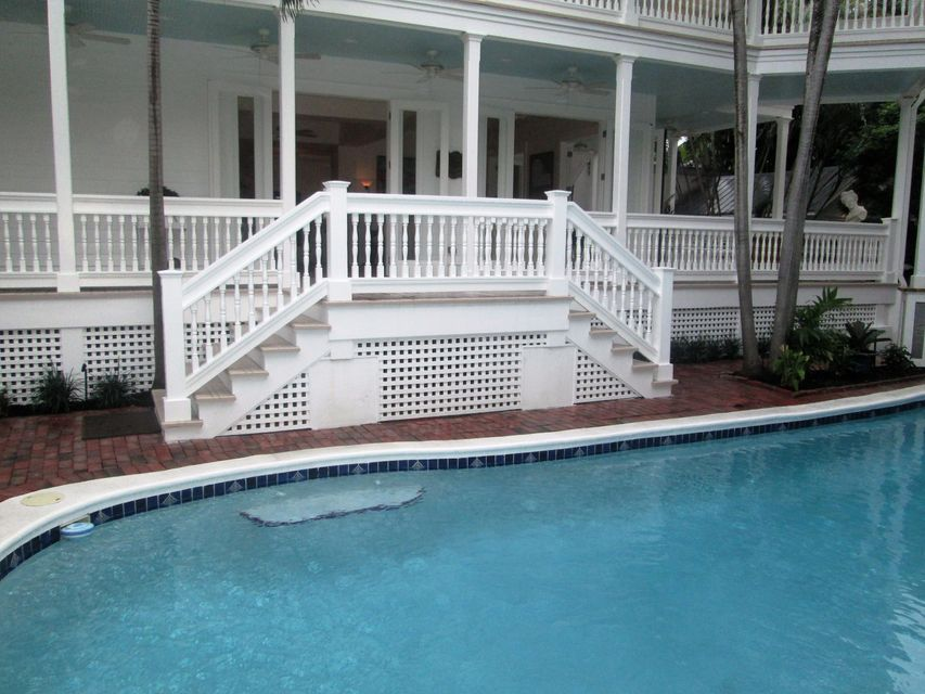 Additional photo for property listing at 920 Eisenhower Drive 920 Eisenhower Drive Key West, Florida 33040 Vereinigte Staaten