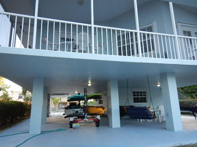 Additional photo for property listing at 100 4th Lane  Key Largo, Florida 33037 United States