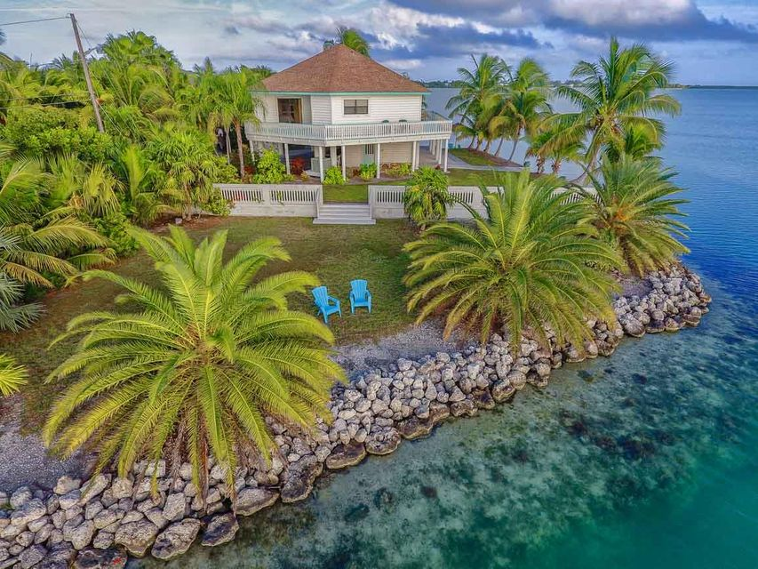 580 Point Drive W, Sugarloaf Key, FL 33042