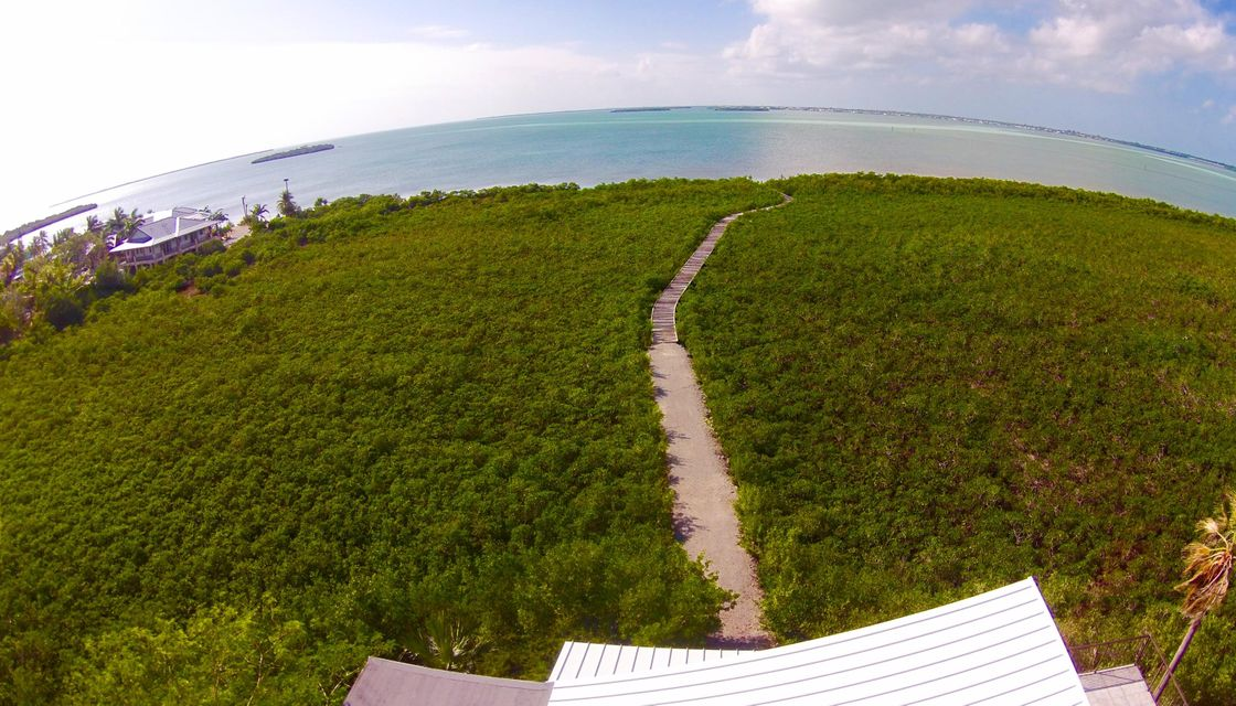 Additional photo for property listing at 1200 Ocean Drive 1200 Ocean Drive Summerland Key, Florida 33042 Estados Unidos