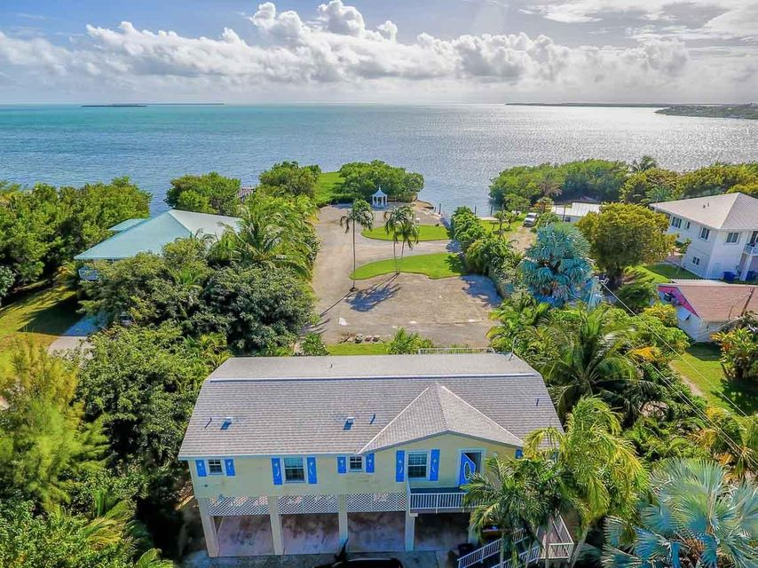 Single Family Home for Sale at 21550 Overseas Highway Cudjoe Key, Florida 33042 United States