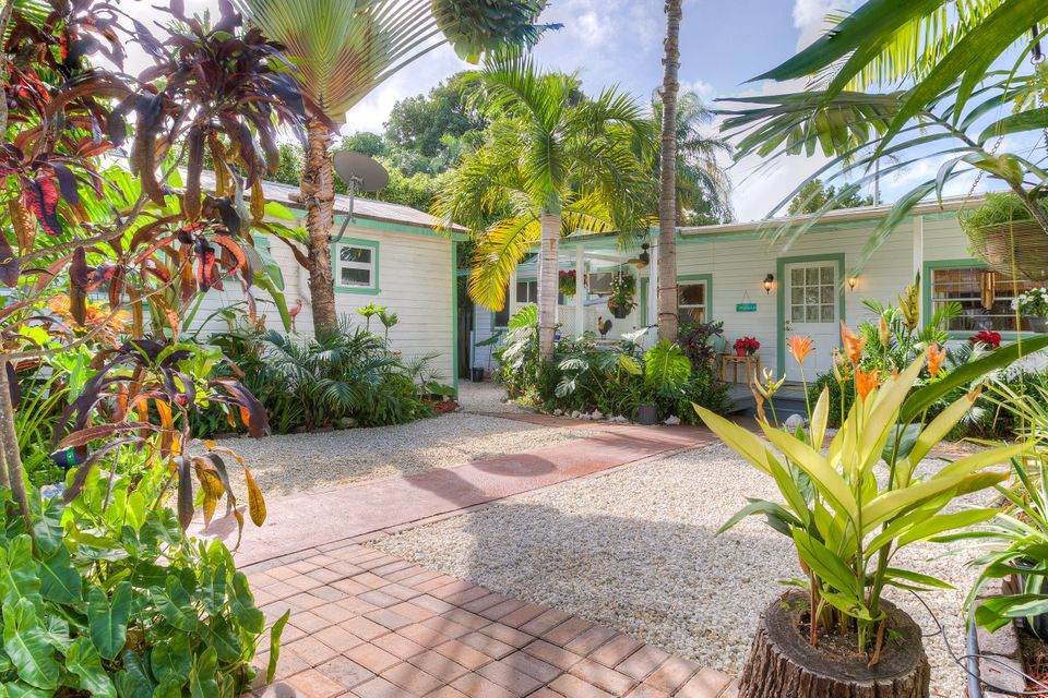 Maison multifamiliale pour l Vente à 1108 Packer Street Key West, Florida 33040 États-Unis