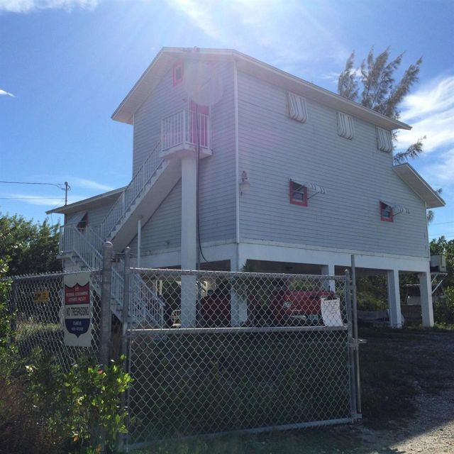 Additional photo for property listing at 22500 Pieces Of Eight Road  Summerland Key, Florida 33042 États-Unis