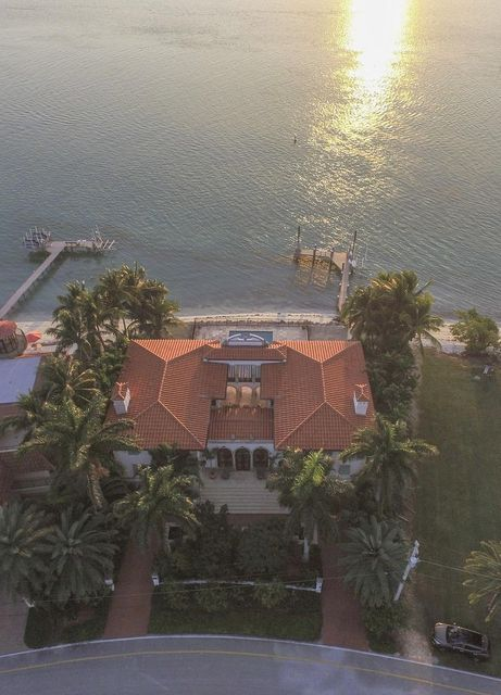 Additional photo for property listing at 205 15Th Circle  Key Colony, Florida 33051 États-Unis