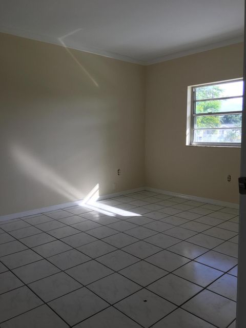 Additional photo for property listing at 12553 SW 264 Terrace  Other Areas, Florida 00000 Amerika Birleşik Devletleri