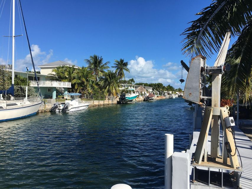 Single Family Home for Rent at 165 Ocean Drive Islamorada, Florida 33070 United States