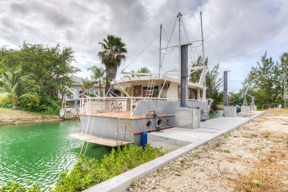 土地 为 销售 在 21054 Overseas Highway 21054 Overseas Highway Cudjoe Key, 佛罗里达州 33042 美国