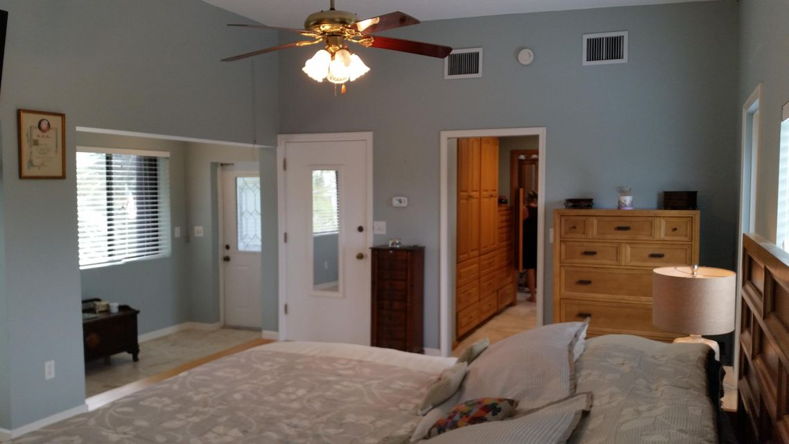 Additional photo for property listing at 17221 Angelfish Lane  Sugarloaf, Florida 33042 États-Unis