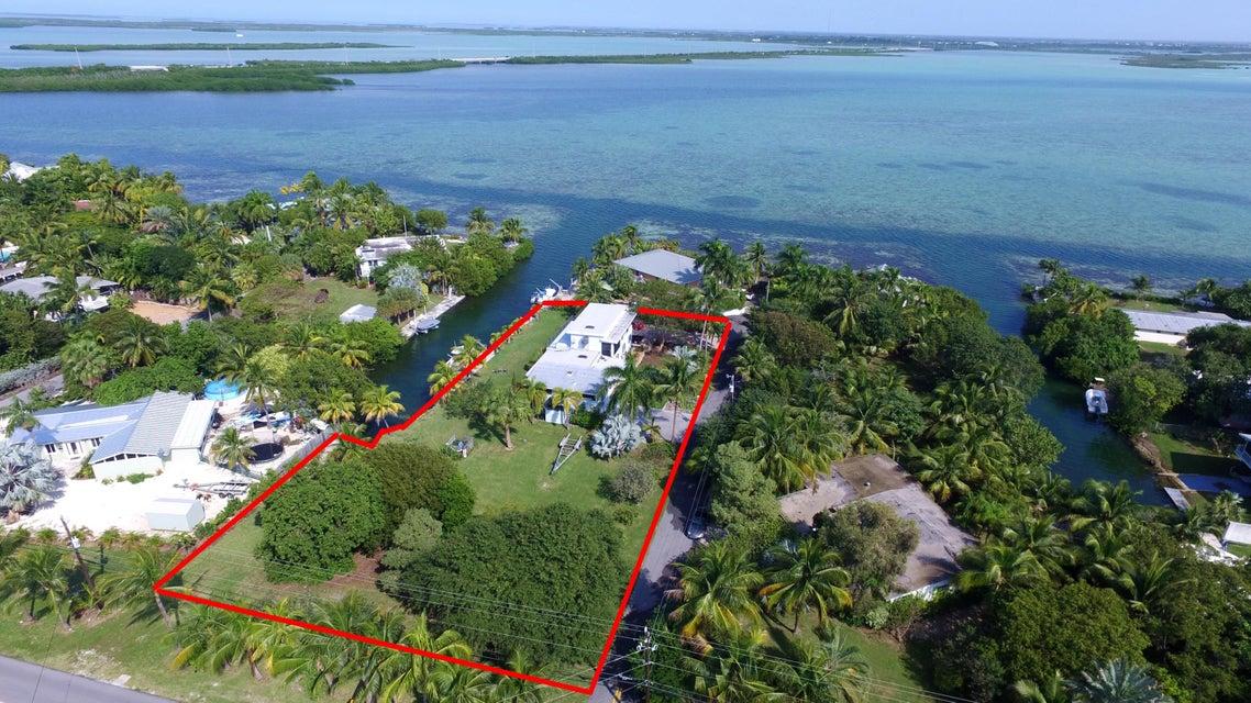 17221 Angelfish Lane, Sugarloaf Key, FL 33042