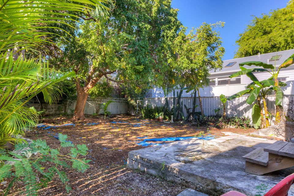 Additional photo for property listing at 1430 Thompson Street 1430 Thompson Street Key West, Florida 33040 Estados Unidos