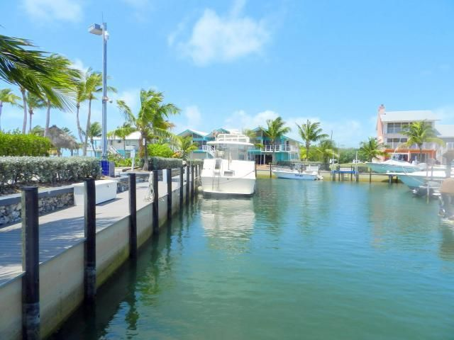 Additional photo for property listing at 1550 Ocean Bay Drive 1550 Ocean Bay Drive Key Largo, Florida 33037 Stati Uniti