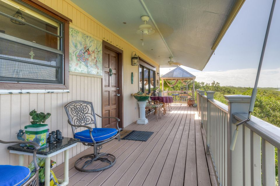 Additional photo for property listing at 730 State Road  Summerland Key, Florida 33042 Vereinigte Staaten